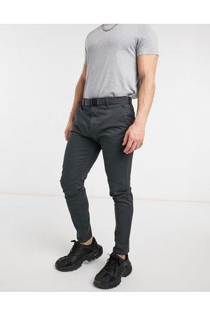Pull&Bear Pantalon chino habillé coupe ajustée