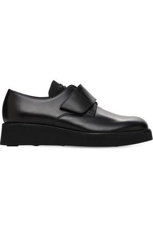 Prada Chaussures Derby En Cuir Brossé Avec Lanière