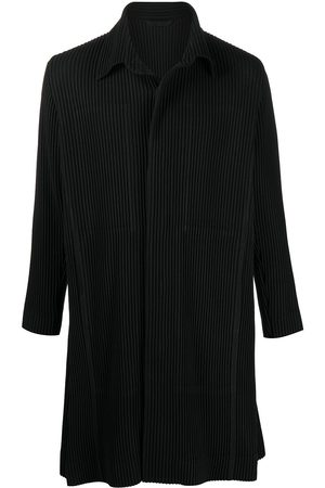 HOMME PLISSÉ ISSEY MIYAKE Pleated button-up coat
