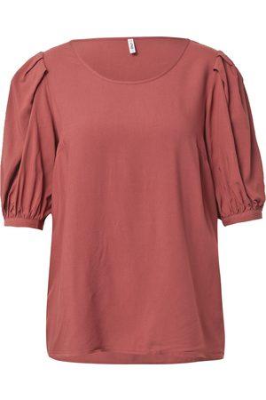 Only Femme T-shirts - T-shirt 'KARMA