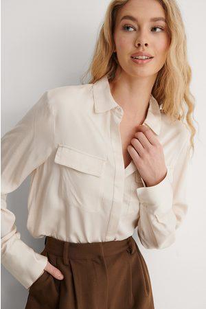 NA-KD Femme Chemisiers - Soft Double Pocket Shirt