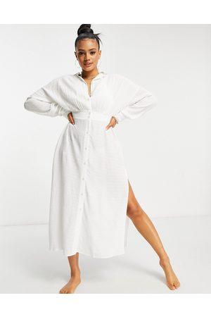 ASOS DESIGN Robe chemise de plage longue boutonnée effet texturé