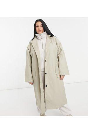 ASOS ASOS DESIGN Curve - Hero - Trench-coat oversize coupe boyfriend - Taupe