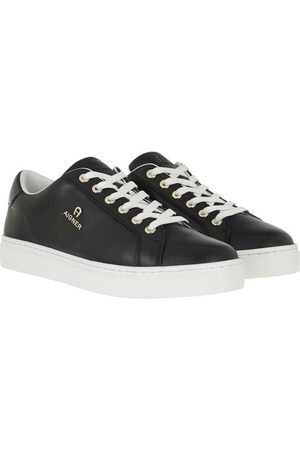 Aigner Baskets - Sneakers