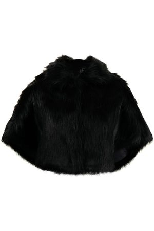 Unreal Fur Nord faux-fur cape