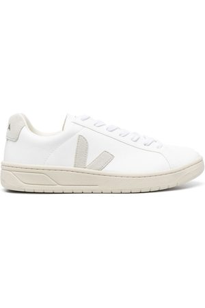 Veja Urca lace-up sneakers