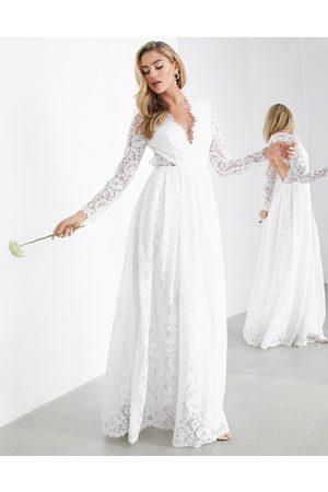 ASOS Penelope - Robe de mariée en dentelle avec col V et dos ouvert