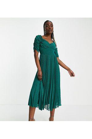 ASOS ASOS DESIGN Tall - Robe mi-longue plissée à chevrons texturés avec fronces sur le devant et à la taille - forêt