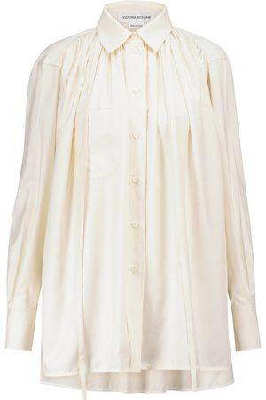 Victoria Beckham Blouse à lavallière en satin de soie