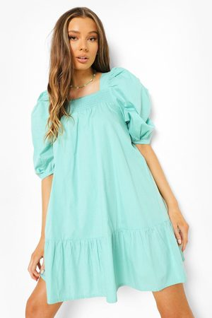 Boohoo Femme Robes - Cotton Puff Sleeve Dropped Hem Smock Dress