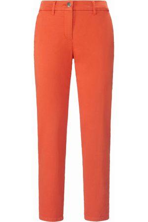 Toni Le pantalon modèle Luisa Chino