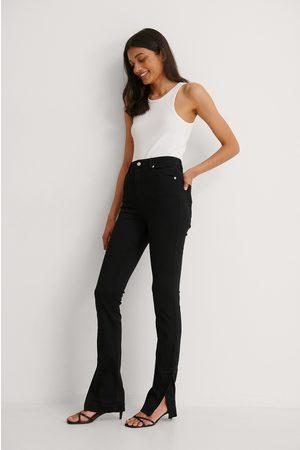 NA-KD Femme Taille haute - Biologique Jean Slim Taille Haute Bicolore À Fente Latérale - Black
