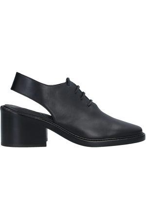 ANN DEMEULEMEESTER Femme Chaussures à lacets - CHAUSSURES - Chaussures à lacets