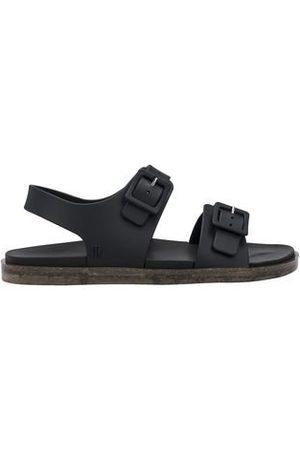 Melissa Sandale Wide Sandal