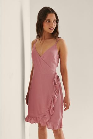 NA-KD Femme Robes asymétriques - Recyclée Robe Mini Portefeuille - Pink