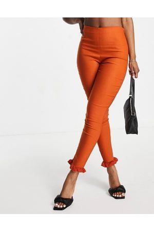 Vesper Femme Pantalons Slim & Skinny - Pantalon slim à volants (pièce d'ensemble) - Rouille