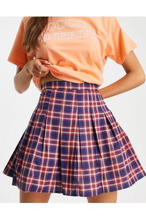 Daisy Street Mini-jupe de tennis à rayures rétro-Marine
