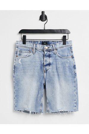 River Island Homme Skinny - Short skinny en jean à bords bruts - clair