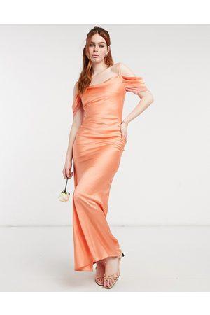 HOPE & IVY Demoiselle d'honneur - Robe nuisette longueur mollet à épaules dénudées en satin - Pêche