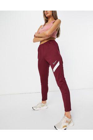Nike Training - Academy Pro - Jogger à séchage rapide