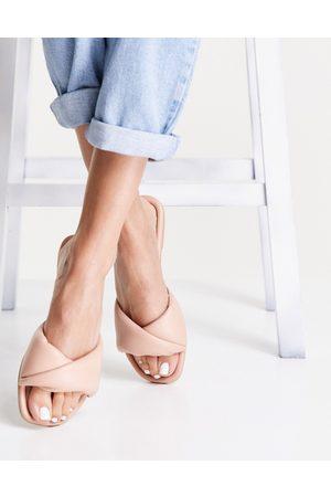 New Look Femme Mules & Sabots - Sandales style mules plates matelassées - Avoine