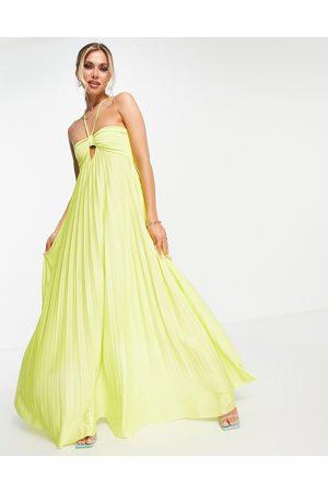 ASOS DESIGN Femme Robes longues - Robe longue plissée et torsadée à bretelles derrière la nuque - Citron