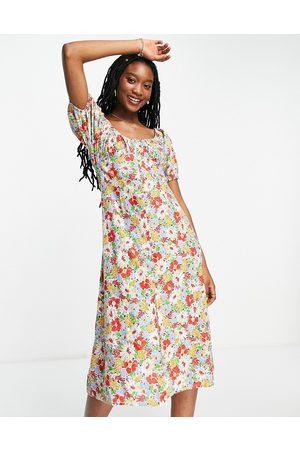 Influence Femme Robes imprimées - Robe mi-longue froncée sur le devant à imprimé fleuri