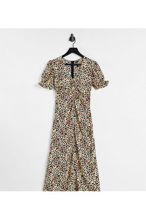 Influence Tall Robe rétro mi-longue en satin à imprimé léopard