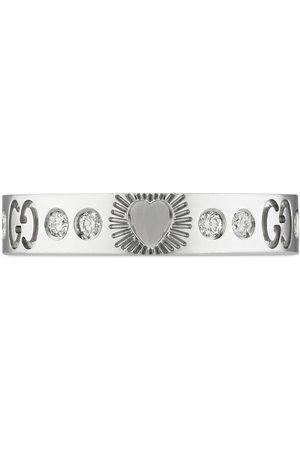 Gucci Bague Icon Hearts en or blanc 18ct ornée de diamants