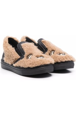Moschino Kids Signature teddy shearling slippers