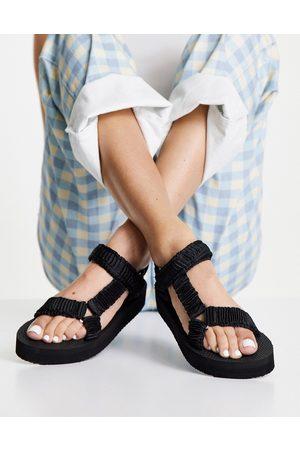 New Look Sandales chunky à semelle plateforme en satin