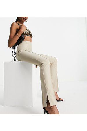 ASOS Tall ASOS DESIGN Tall - Mansy - Pantalon super skinny fendu sur les côtés - Camel-Neutre
