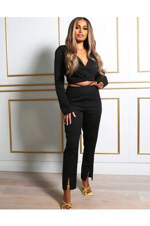 Public Desire X Amber Gill - Pantalon à taille travaillée fendu sur le devant