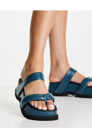 Topshop Play - Sandales chunky rembourrées en cuir à entredoigt - Turquoise