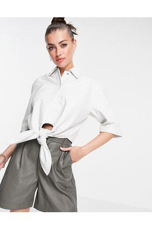 Muubaa Isabelle - Chemise courte en cuir nouée à l'avant