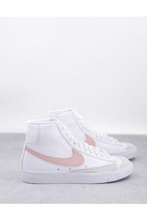 Nike Blazer Mid 77 - Baskets mi-hautes - et corail