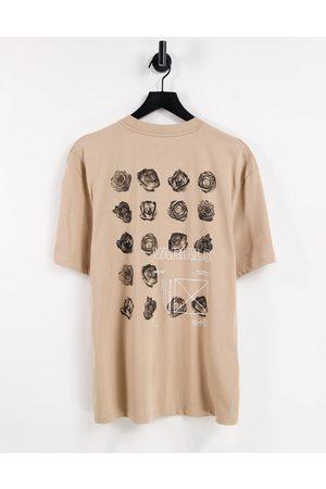 River Island T-shirt avec imprimé floral au dos - Taupe