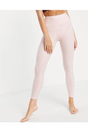 PUMA Femme Legging - Studio Yogini - Legging de yoga 7/8 luxueux à taille haute - clair