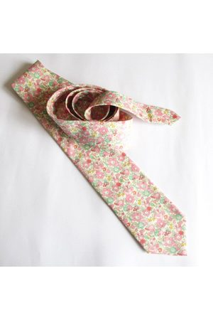Liberty59 Homme Cravates - Liberty Of London Floral Necktie ~ Made in Betsy Colorway Cravate Pour Hommes Cravate
