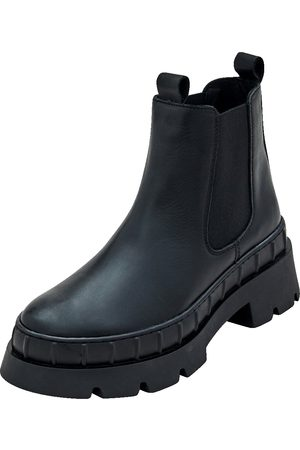 EDITED the label Chelsea Boots 'Rebekah