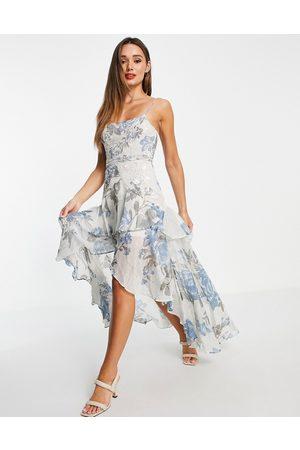 ASOS Robe longue douce à imprimé floral avec ornements