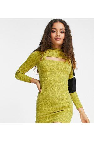 ASOS Petite ASOS DESIGN Petite - Robe courte à manches longues avec découpe - citron teint par sections