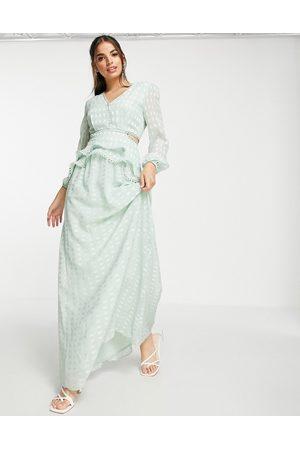 Lipsy London Robe longue à décolleté plongeant - menthe doux