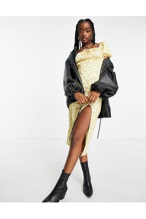 Missguided Robe tendance folk avec corsage froncé et manches bouffantes