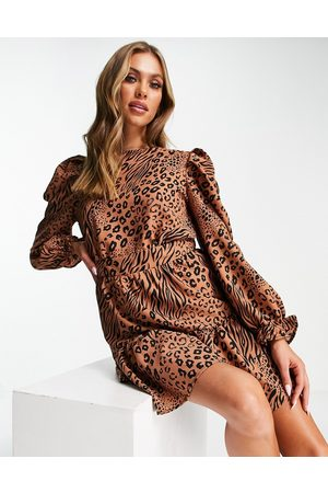 Ax Paris Robe courte à manches longues et imprimé animal varié - Camel-Sans opinion