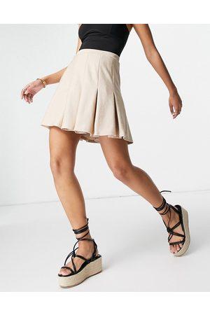 ASOS Mini-jupe style tennis plissée en maille bouclée - Sable