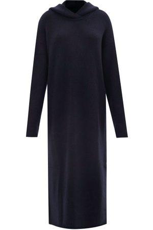 Raey Femme Robes en maille - Robe longue à capuche en maille de cachemire