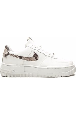 Nike Femme Baskets - Air Force 1 Pixel sneakers