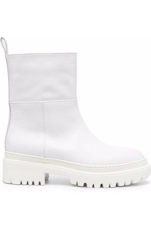 L'Autre Chose Femme Bottines - Lug sole almond-toe boots