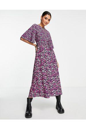French Connection Bethany Verona - Robe mi-longue à manches évasées et motif petites fleurs - Violet